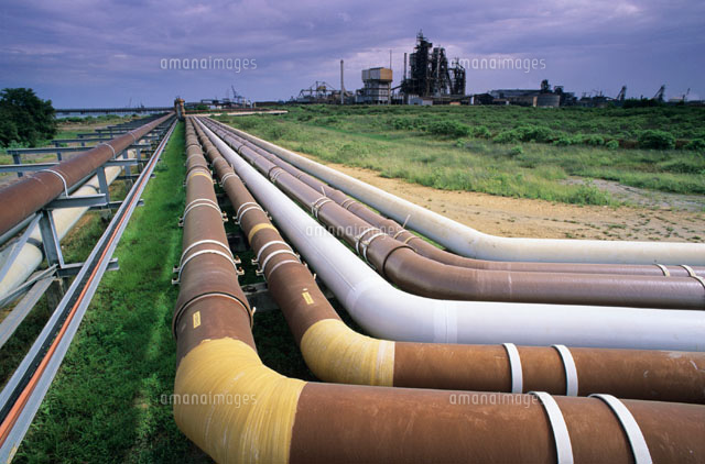 Cooling pipes for a methanol plant 01809013205| 写真素材・ストックフォト・画像・イラスト素材|アマナイメージズ