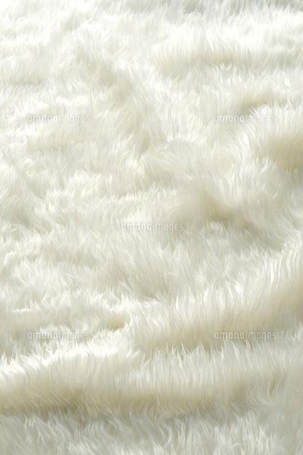 白いファー の写真素材 イラスト素材 アマナイメージズ