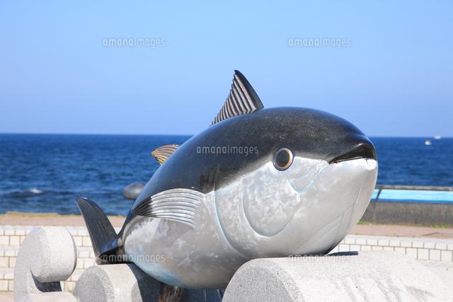 一本釣り 値段 マグロ マグロ1匹釣るといくらで売れるの?100キロ越えの値段を調査!